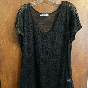 Lace V-neck tshirt.